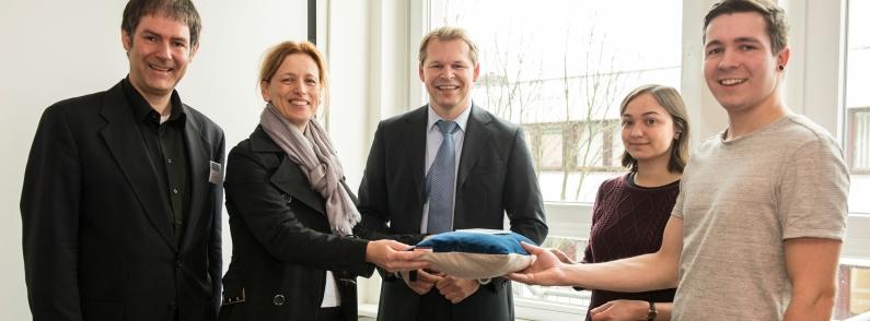 Bildungsministerin Prien eröffnet Smart Area der FH Wedel